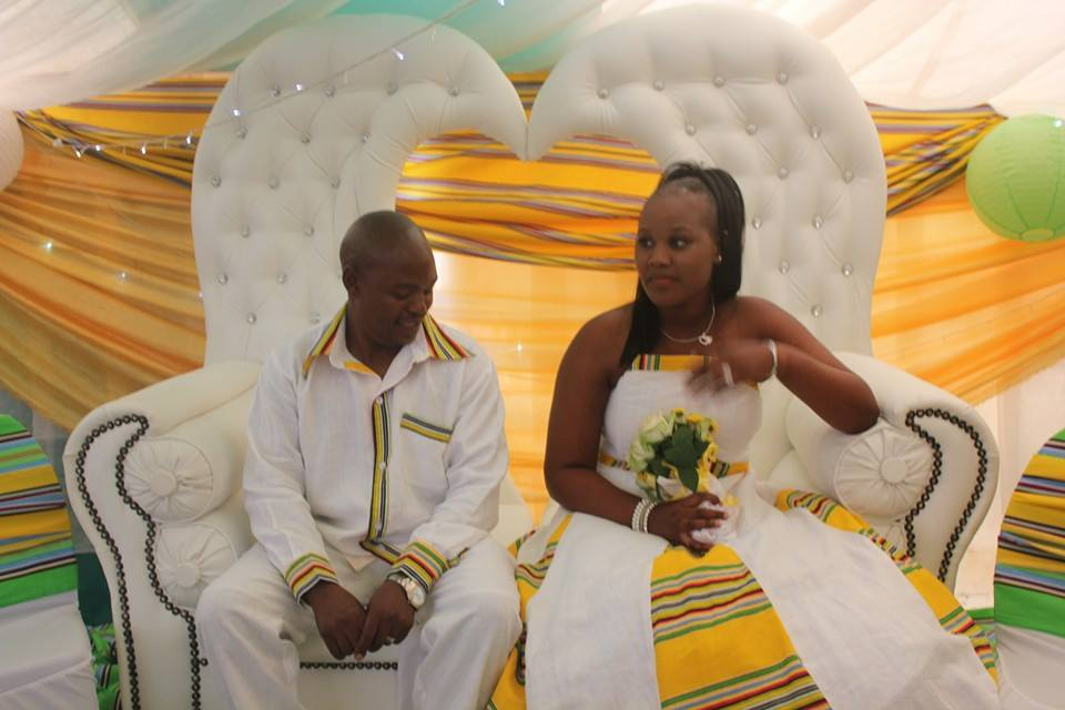 Classic Wedding Gown Designs: Wedding Designs